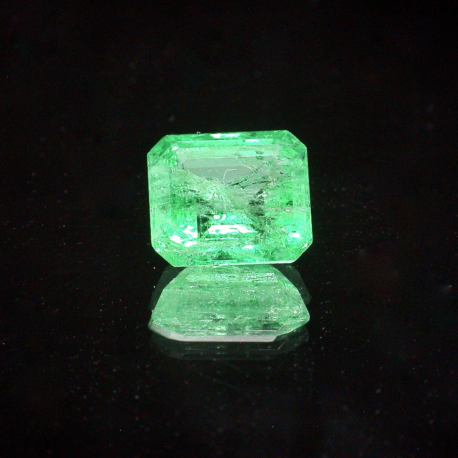 SmaragdAchtkant1